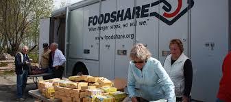 Carrier fait un don à la banque alimentaire